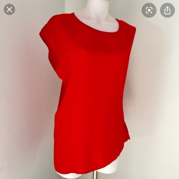 Marciano Tops - Red Top•100% Silk. Perfect for holidays 🎅